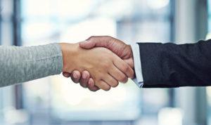 Handshakes-and-Islam-1005215